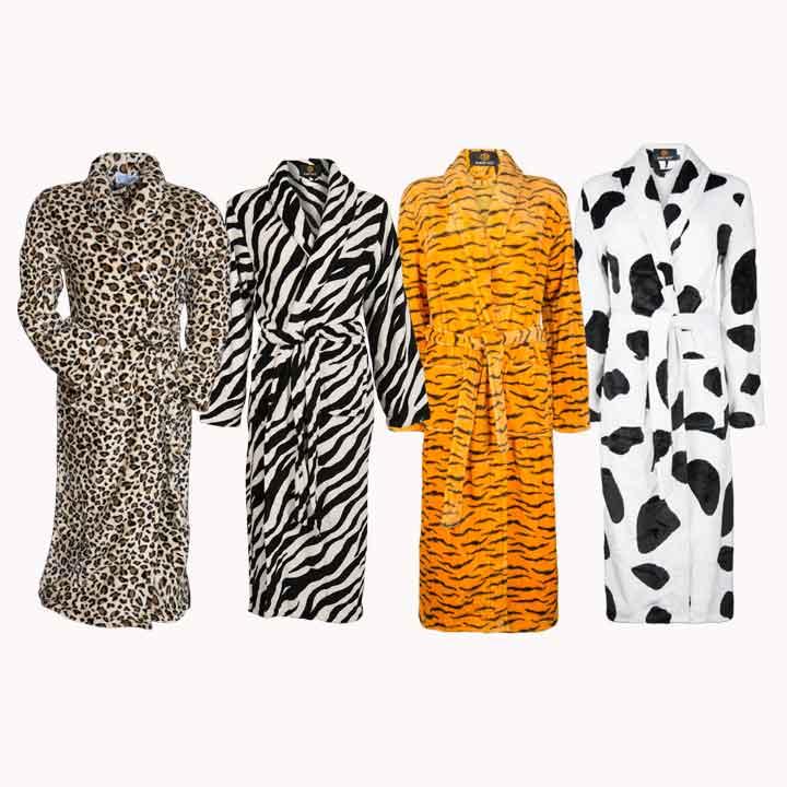 Wat draag jij op dierendag? Een badjas met dierenprint natuurlijk!