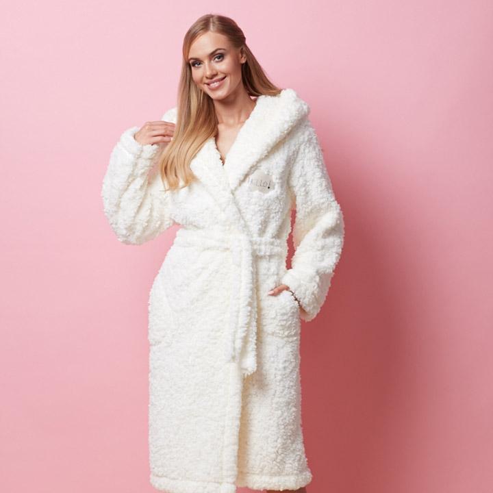 Waarom iedere vrouw meer dan één badjas nodig heeft