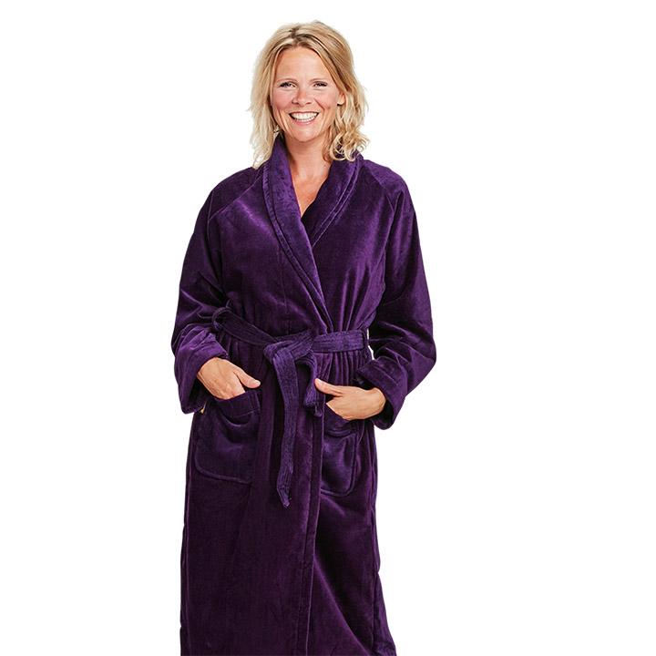 De vijf dingen die je niet moet zeggen als je een badjas aan hebt