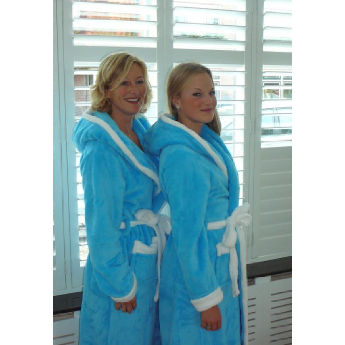 Aquablauwe badjassen