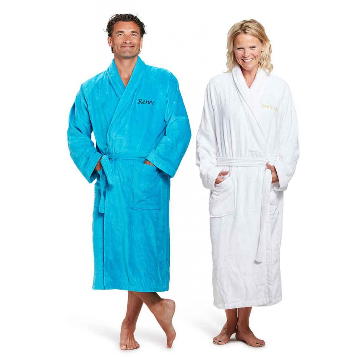 badjas met borstborduring