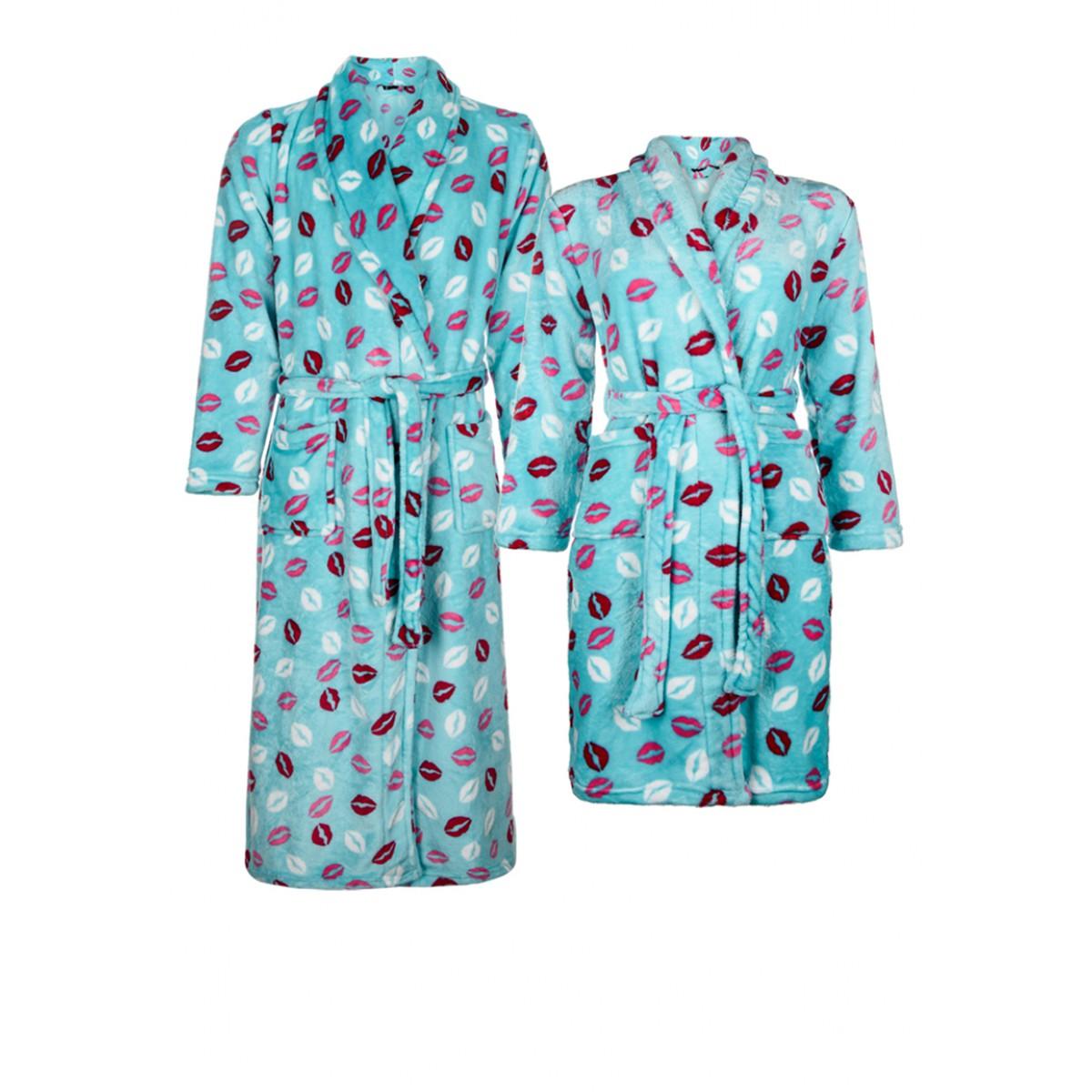 badjas met kusjes