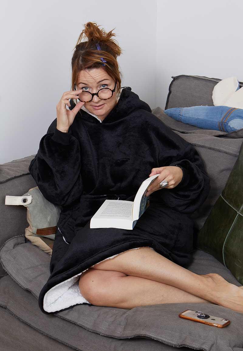 Snuggie oversized met hoodie - zwart-One Size