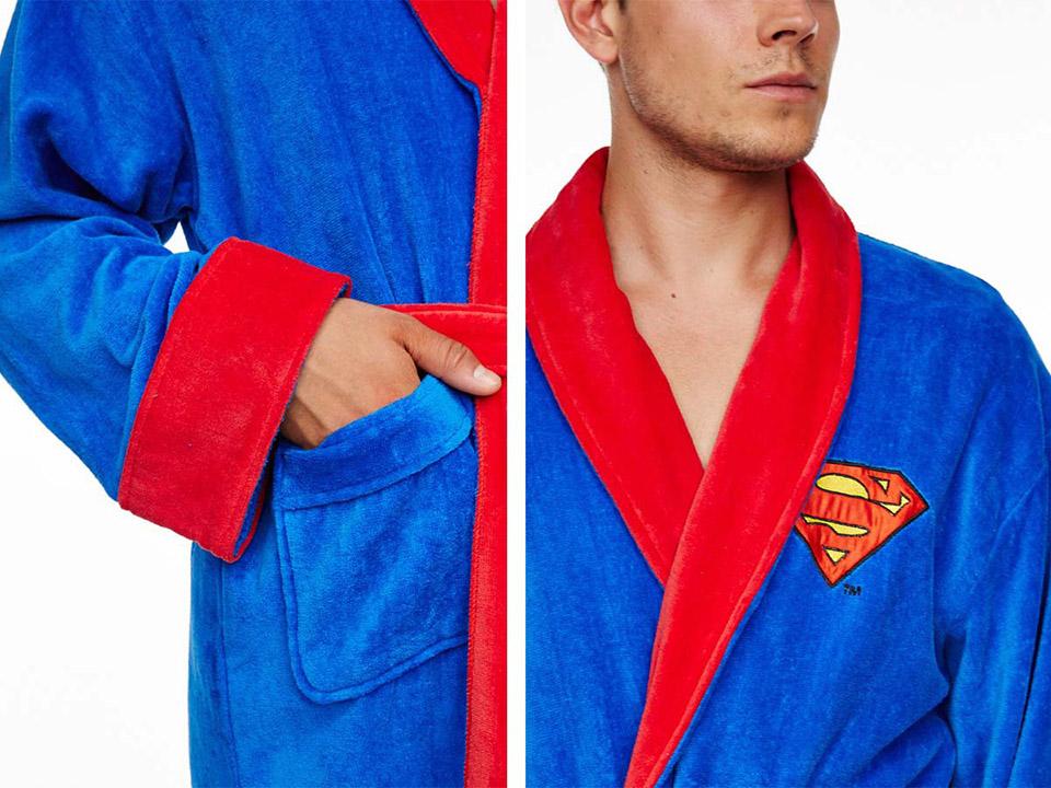 De Superman badjas bij Badjasparadijs.nl