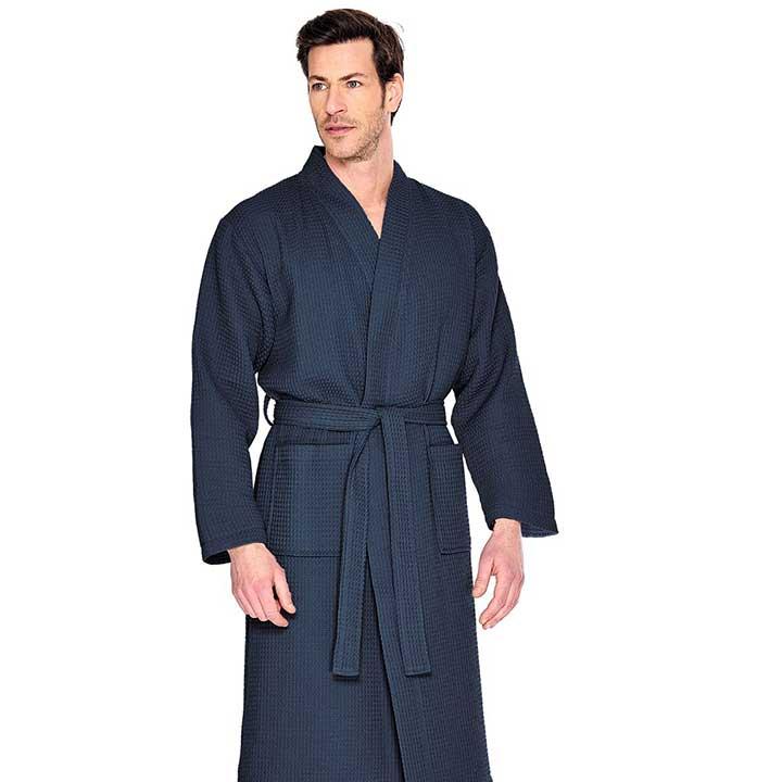 De juiste herenbadjas voor in de sauna